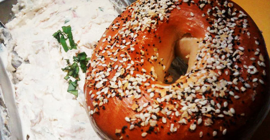 everything bagel with lox-basil cream cheese