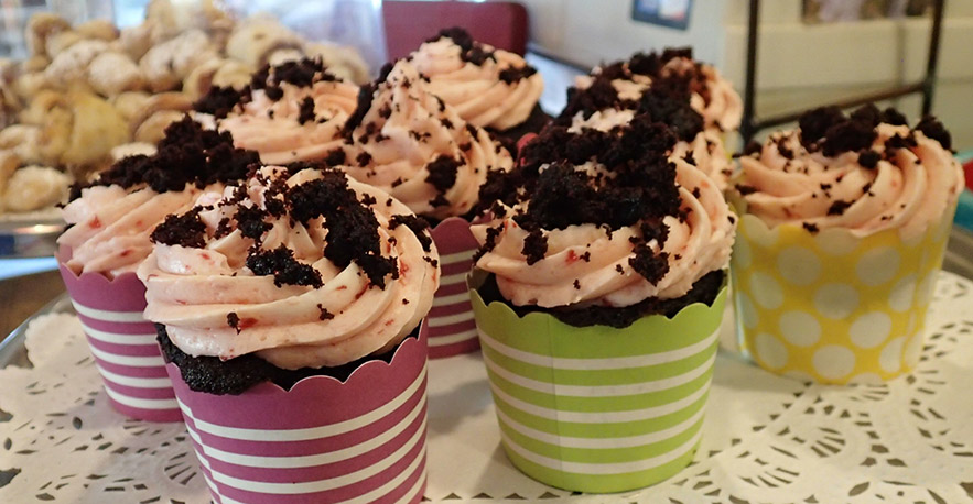 chocolate sprinkle cupcakes